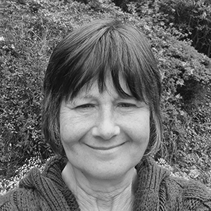 Debra Nelson : Connecting Families Development Officer